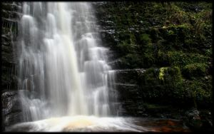 Blaen-y-glyn Waterfalls II-I by l8