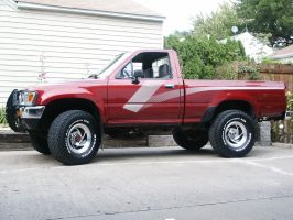 056 - Toyota Pickup by flostock