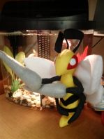 Beedrill Plush by Vulpes-Canis