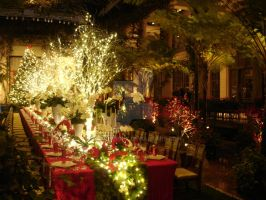 Grand Christmas Banquet Table by TaruNobody