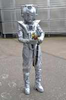 Cyberman Cosplay by masimage