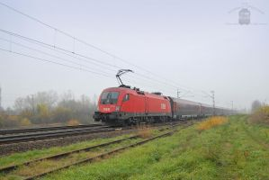 1116 042 with Railjet train by morpheus880223