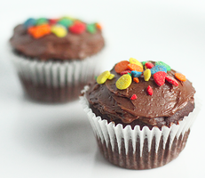 Black Bean Chocolate Cupcakes by chompsoflife