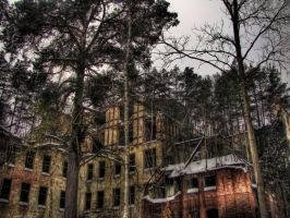 Ruined Nr.1 by damagefilter
