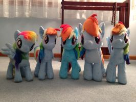 My Rainbow Dashies by bekindsorewind
