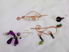 Handmade brooches with wire by Mirtus63