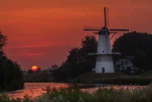Dutch Mill in the Sunrise called ( The Butterfly) by Betuwefotograaf
