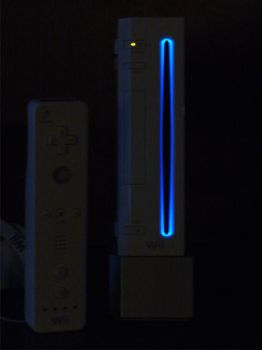My Glowing Wii by halo2fast