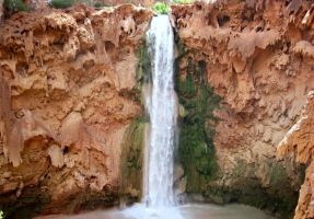 Mooney falls by Evevilly