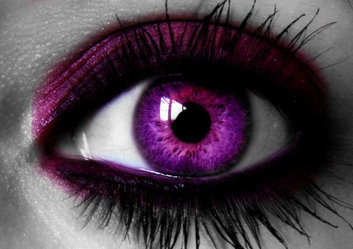 Pink Eye with Crazy Lashes by LT-Arts