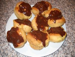 Choux Buns by Bisected8