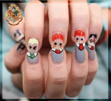 Harry Potter nails by ObeyTheSilence