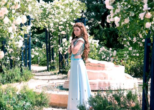 Margaery Tyrell  Cosplay by LenaMay-Cosplay