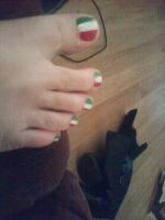 Italian Flag Toes by TheExplosiveSushi