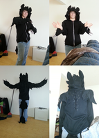 Toothless hoodie pics by xFoxblaze