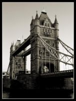 Tower Bridge by darph