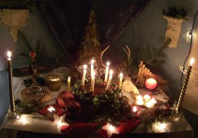 Yule Altar 2007 by EnchantedMasquerade
