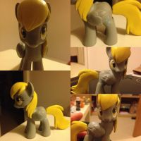 Derpy hooves custom pony - sculpted hair by Affanita