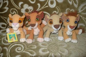 Simba's Pride lion king plush by ZiraLovesScar