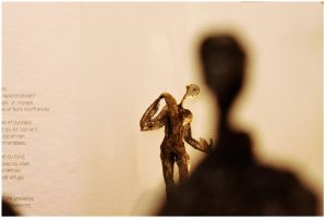 Sculpture and shadow by MissUmlaut