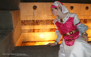 Young Zelda by the Fountain - (Sakuracon 2013) by WildTigerCosplay