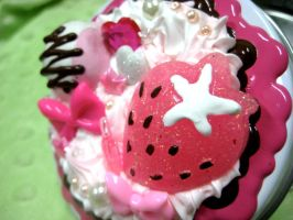 Neopolitan Sweets Box by prettypop