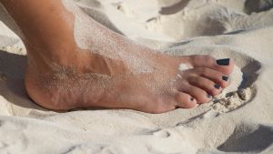Friendly Feet at The Beach 10 by Feetatjoes