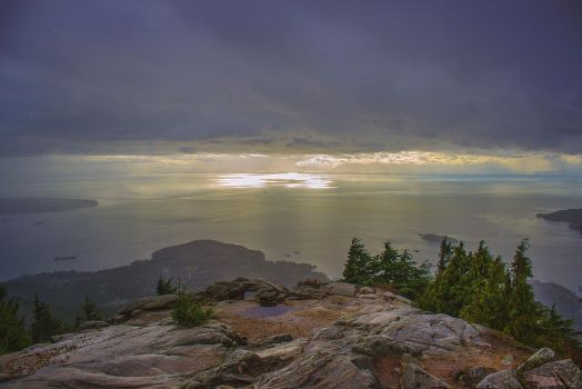 Why You Should Hike in The Rain by Weececi