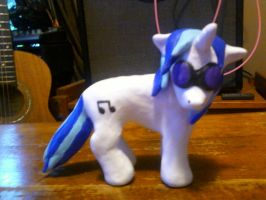 DJ PON-3 Sculpture by Leeliothestica