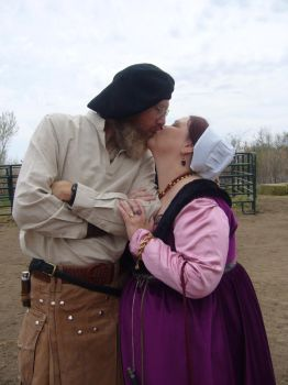 RennFaire Kiss by maggiemayday