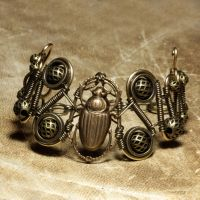 Steampunk Bracelet Scarab by CatherinetteRings