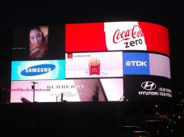 Piccadilly Circus at night by printsILike