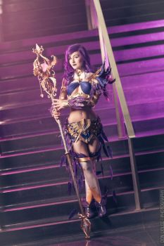 Mesmer Cosplay by luxxlo