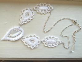 Seyrie Necklace by Lincey