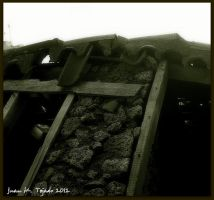 Old roof by quevedo3