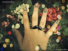.:My nails:. by AnyQueenBee