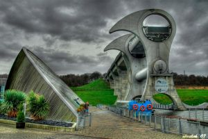 Falkirk Wheel by karikaiyuk