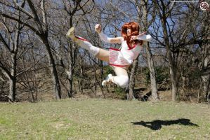 Kasumi Flying Kick by HollyGloha