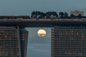 .:Singapore Supermoon:. by RHCheng