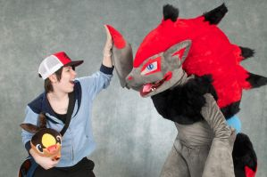 Zoroark Cosplay 4 by Toriroz