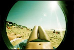 fisheyes-3 by roxylife