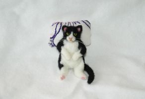 Needle Felted Fat Black and White Kitty Cat by amber-rose-creations