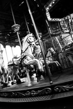 Carrousel III by anampi