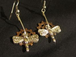 Dragonfly Gear Earings by thefxfox