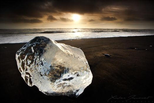Black Diamond by XavierJamonet