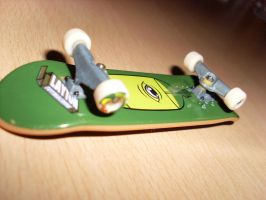 Layton TechDeck by RealOerkel