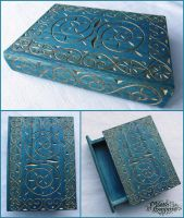 MEDIEVAL WOODEN BOOK BOX by MassoGeppetto