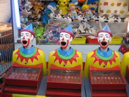 Clowns by girlpsychic