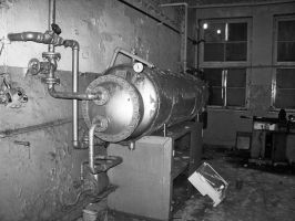 old autoclave by sweetvamp