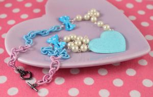 Glitter Heart Necklace by PeppermintPuff